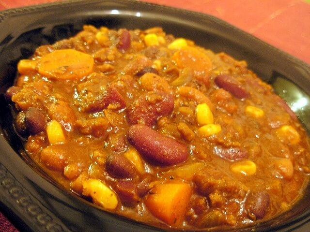 vegetarian chili recipe -- closeup of bowl of chili
