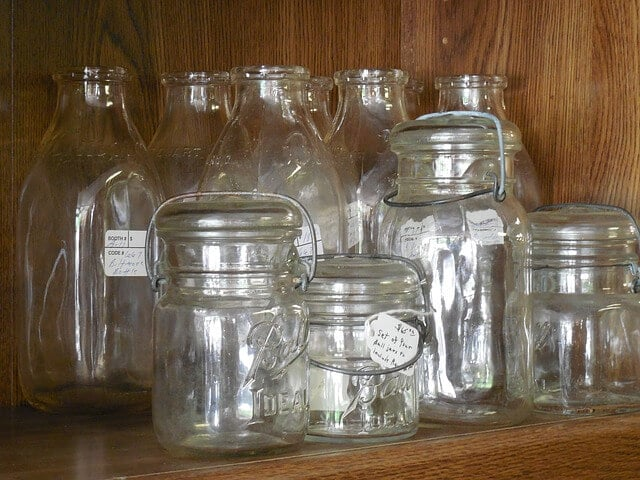 zero waste -- glass jars