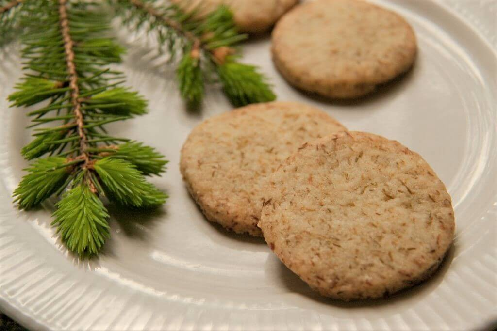 photo of spruce tips shortbread from Backyard Forager
